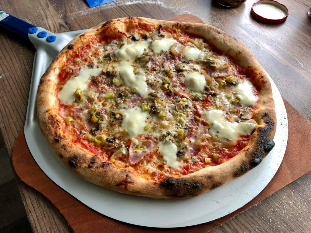 domowa pizza z piekarnika